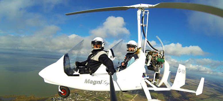 magni gyroplane selfie